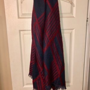 Lulu's Accessories - Stitch fix blanket scarf